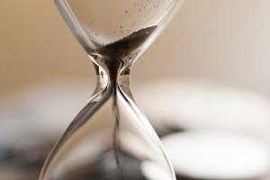 Hourglass moment